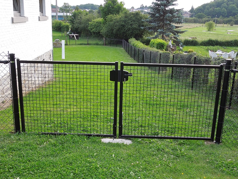 Clôture sur ouverture de jardin